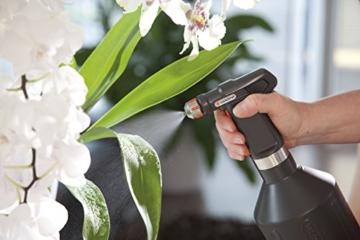 Gardena city gardening Balkon Pumpsprüher 1 l: Sprühflasche mit ultrafeinem Sprühnebel, große Füllöffnung, hochwertiges Design in Schwarz mit Edelstahl, handlich, mit Füllstandanzeige (806-20) - 2